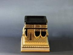 İnci Kabe Polyester Swarovski Taşlı Biblo - Gold